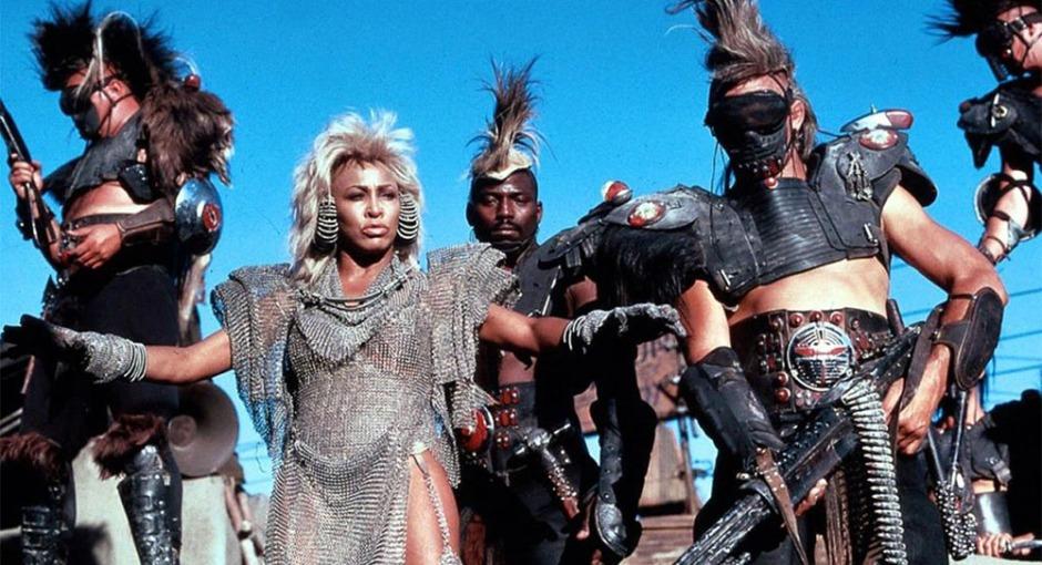 Tina Turner como Aunty em Mad Max 3